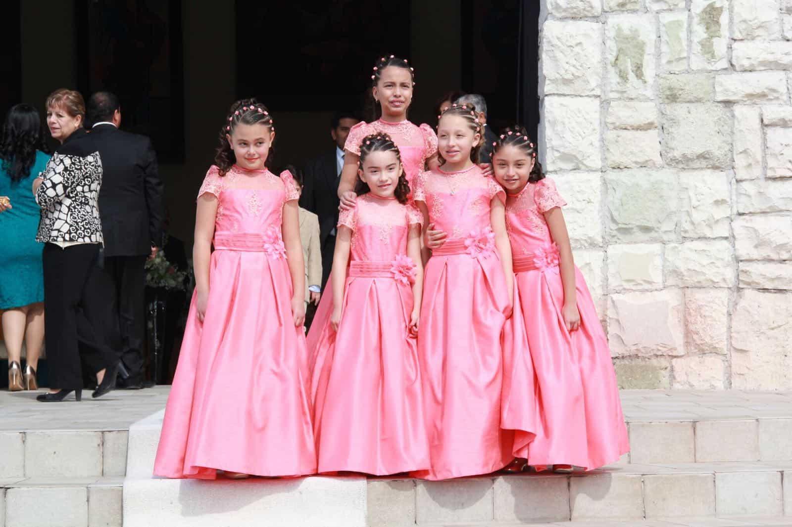 Dorable Vestido De Novia Caroline Ideas Ornamento Elaboración ...